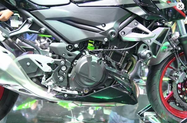 Kawasaki Z250 Z400 duoc cong bo gia ban chinh thuc tu 116 trieu 131 trieu VND - 8