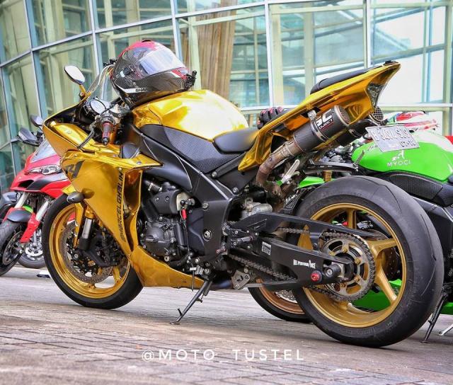 Yamaha R1 do phong cach quy toc the hien qua hinh thuc Ma vang - 6