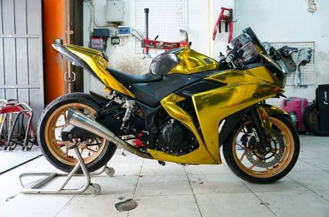 Yamaha R3 gay chu y voi phong cach Vang Chrome - 9