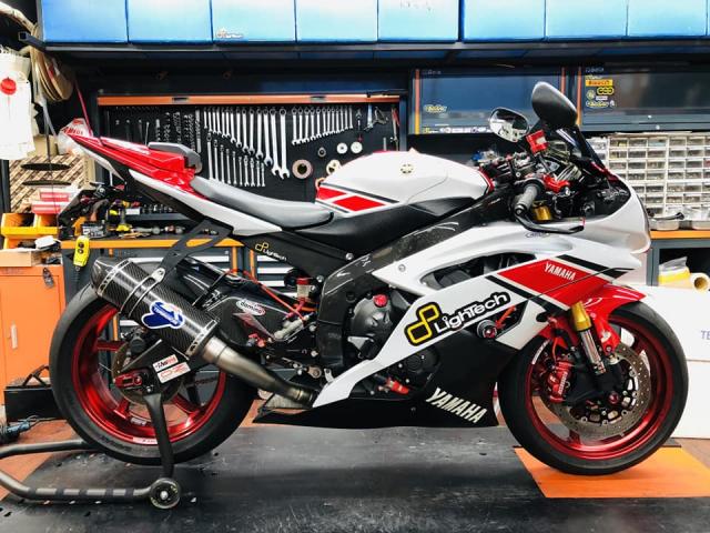 Yamaha R6 hoi sinh mot huyen thoai da bi lang quen - 3
