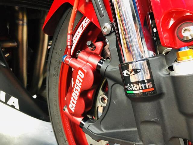 Yamaha R6 hoi sinh mot huyen thoai da bi lang quen - 7