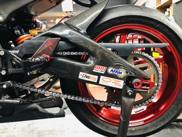 Yamaha R6 hoi sinh mot huyen thoai da bi lang quen - 11