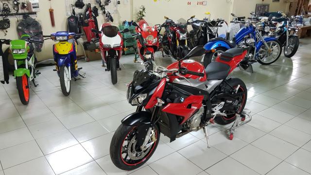 Ban BMW S1000R 62018 Chinh hang con bao hanhSaigon so dep 1 chu - 4