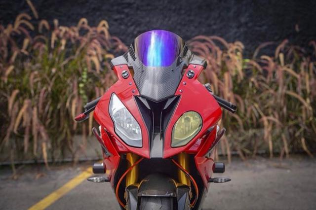 BMW S1000RR do nong bong voi dan do choi dinh cao - 3