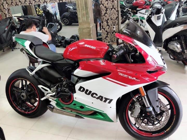 Can ban Ducati 959 panigale 2017 1 chu dap thung Xe leng keng xe beng chi thieu moi cai thung thoi - 9