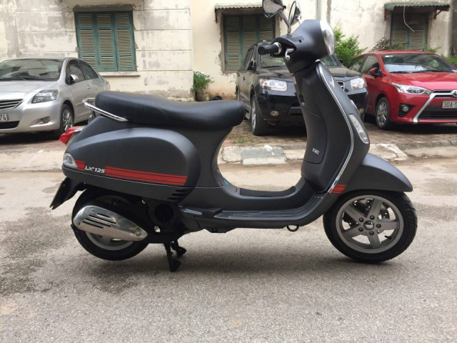 Can ban Vespa Lx 125ie 2011 den mo tem do chinh chu 20tr - 3