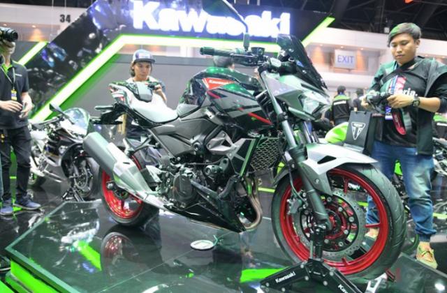 Can canh chi tiet Kawasaki Z400 SE phien ban dac biet co gia 138 trieu VND - 4