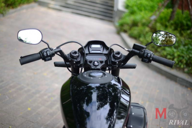 Can canh HarleyDavidson FXDR114 mau xe Power Cruiser Dragter dang cap voi gia 853 trieu VND - 18