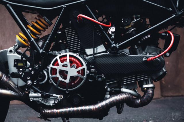 Ducati 900SS do hao nhoang den tu Mosscow duoi cai ten SS1100 Carbon - 7