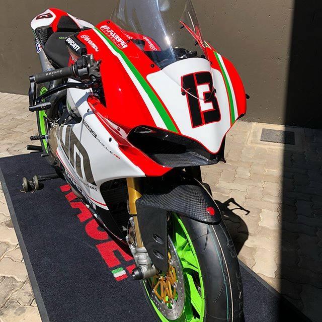 Ducati Panigale 1299R do full option duong dua dep ba chay - 3