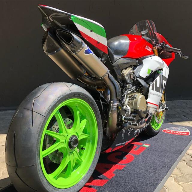 Ducati Panigale 1299R do full option duong dua dep ba chay - 11