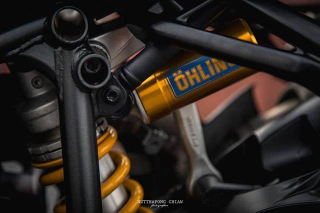 Ducati StreetFighter 848 Huyen Thoai loi lac dien kien day noi bat - 9