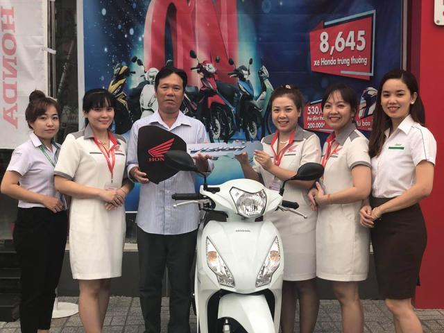 Gan 2700 xe Honda trung thuong da co chu trong chuong trinh Ngan qua hap dan van loi tri an - 2