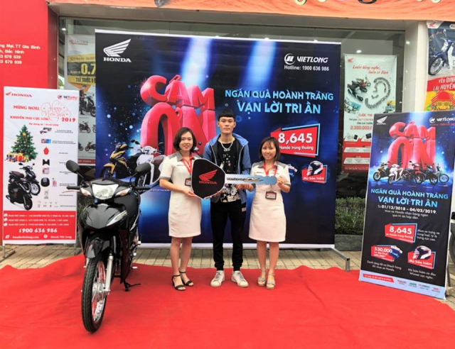 Gan 2700 xe Honda trung thuong da co chu trong chuong trinh Ngan qua hap dan van loi tri an - 4