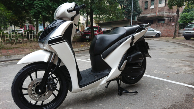 Honda Sh 125i Smarthkey cuoi 2015 Sporty cuc moi chinh chu HN