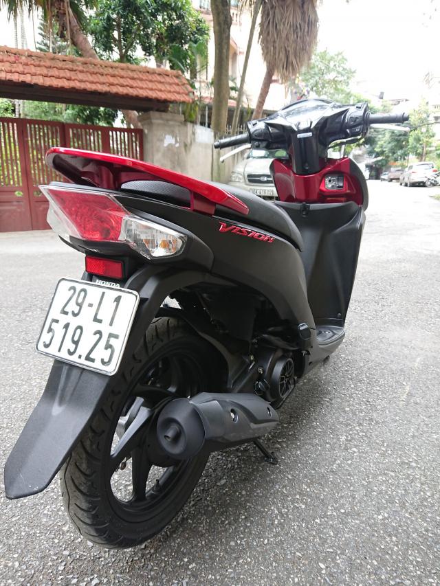 Honda Vision fi 2016 Black den mo di 7000km chinh chu HN 29tr700