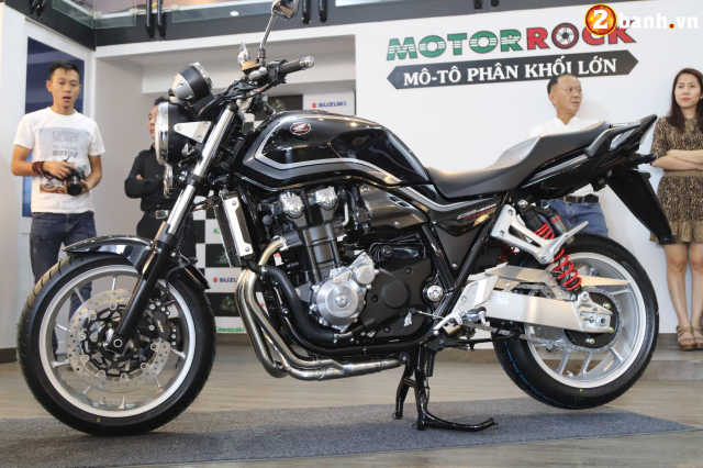 Huyen thoai Honda CB1300 Super Four phien ban ky niem 25 nam cap ben tai Viet Nam - 24