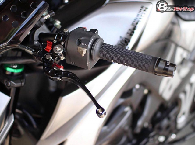 Kawasaki Z1000 nang cap khac biet den tu TT Bigbike Design - 6