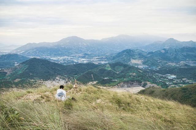 Kham pha ra vi tri view om tron ca pho bien Nha Trang dep ao dieu - 2