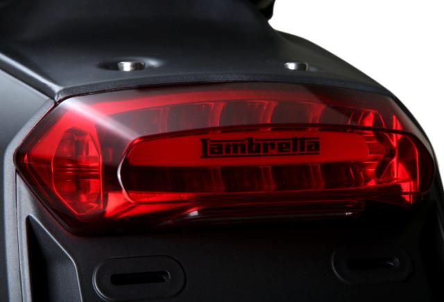 Lambretta VSpecial 2019 dien kien Dong Nam A voi gia ban sieu hap dan - 9