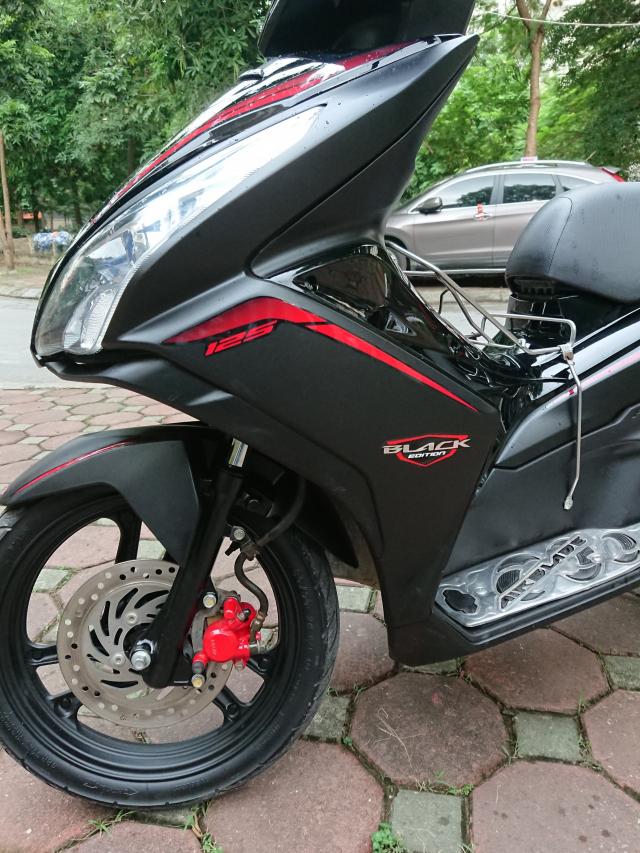 Rao ban Honda Air blade 125fi Black Edition den mo chinh chu bien HN - 3