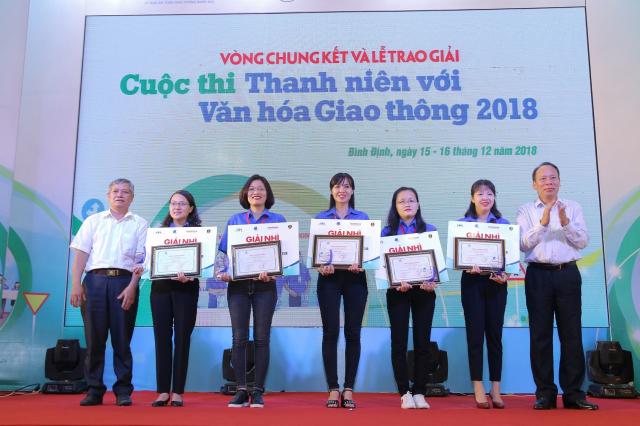 Vong chung ket va le trao giai cuoc thi Thanh nien voi Van hoa giao thong nam 2018 - 5