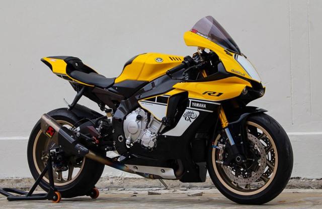 Yamaha R1 60th Anniversary Edition do hao nhoang voi trang bi tan rang - 11