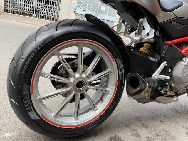 __Can Ban Xe MV AGUSTA Brutale 1090cc ABS DKLD T122016 odo 4800km HQCN ngay chu dung ban - 10