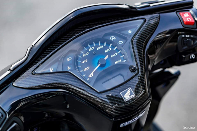 AirBlade 125 do day huyen bi voi loat option Carbon chat khoi che - 4