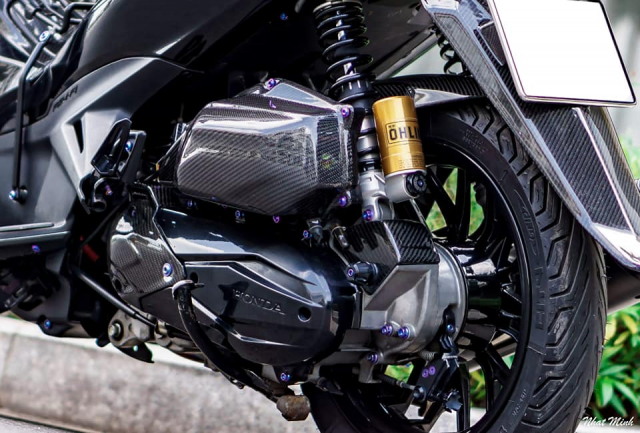 AirBlade 125 do day huyen bi voi loat option Carbon chat khoi che - 9
