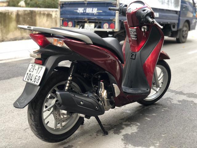 Ban xe SH 125i Viet nam bien 29Y7 10468 vip moi 90 dang ki 2015 chinh chu nu 62tr 2 khoa guong - 2