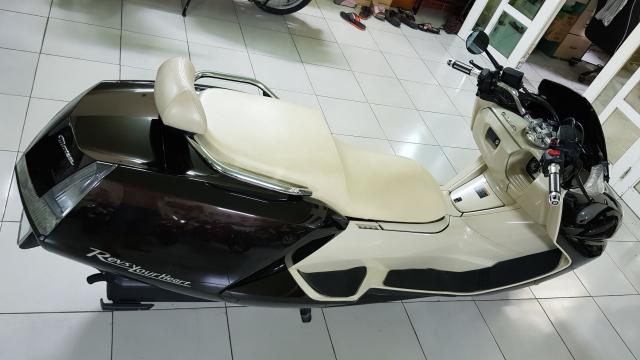 Ban Yamaha Maxam CP250Phi thuyen tren canHQCNSaigon52015 - 13