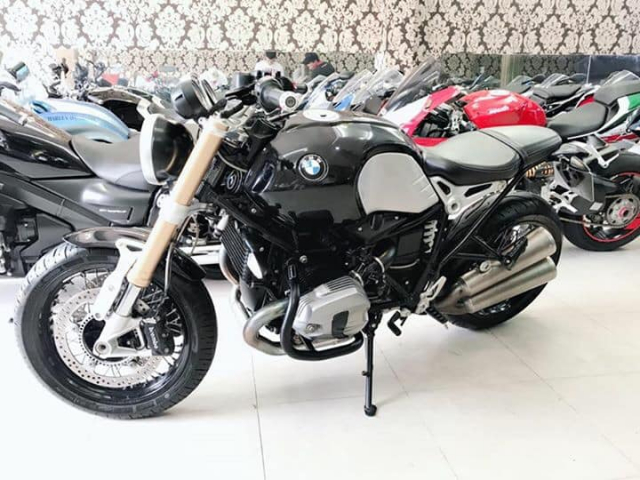 Can ban BMW RNineT 102015 odo 5k xe 1 chu dap thungHQCNsang ten uy quyen tuy thich