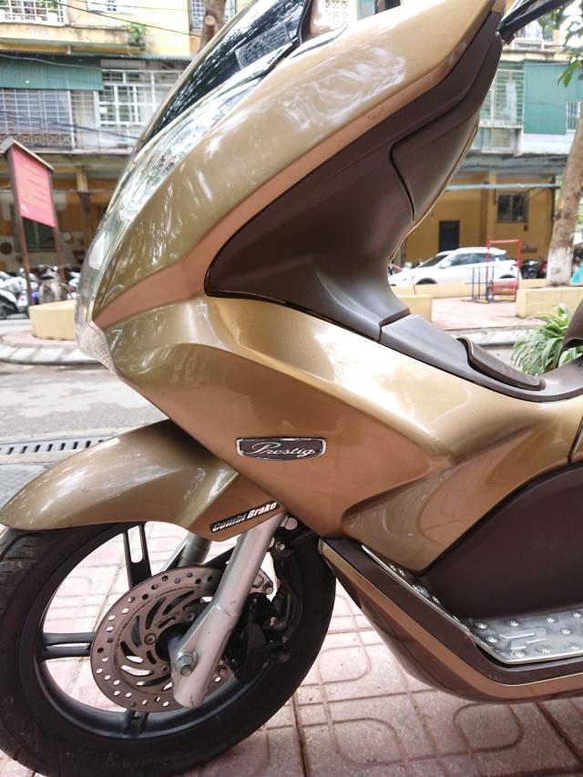 Can ban Honda PCX Fi 2012 vang dong bien HN 29M5 so chinh chu su dung 26tr500