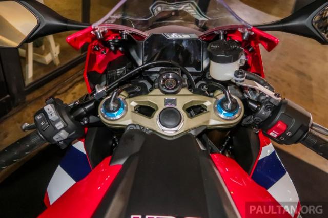 Can canh Honda CBR1000RR SP CB1100RS duoc ra mat thi truong Malaysia voi gia re hon tai Viet Nam - 8