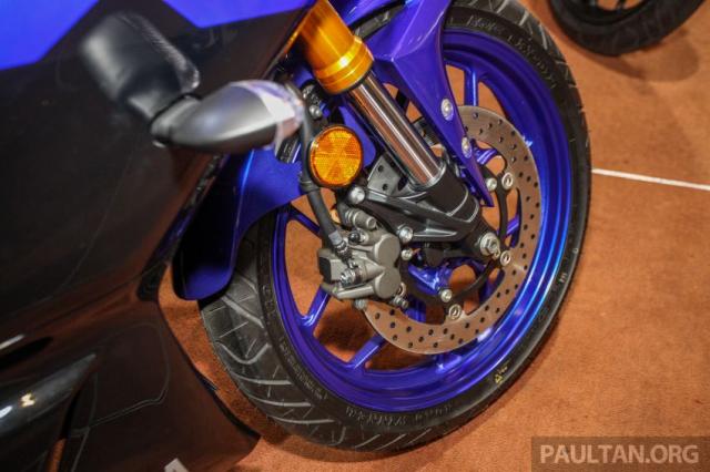 Can canh Yamaha R25 2019 vua chinh thuc ra mat tai Malaysia - 14