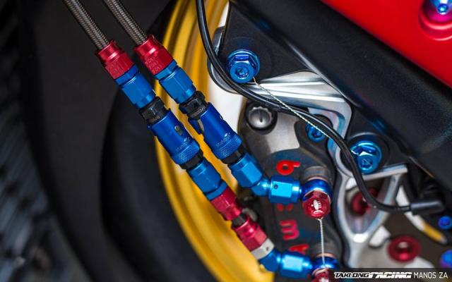 Cap doi Yamaha XMax300 do noi bat voi he mam CNC Over Racing cao cap - 13