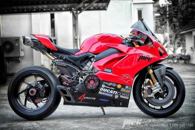 Ducati V4S Panigale do sieu tuong voi dan trang bi khung khiep - 17