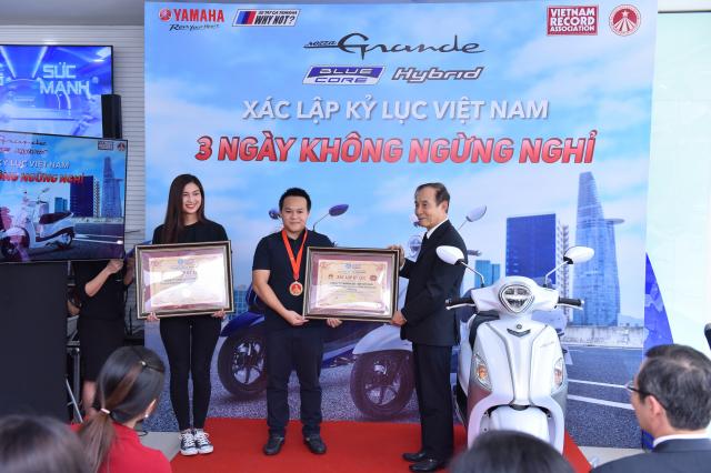 Grande Hybrid xac lap 2 ky luc Viet Nam cho Yamaha Motor - 3