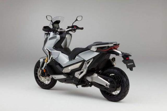 Honda ra mat XADV 2019 voi nhieu lua chon mau cuc hot - 3