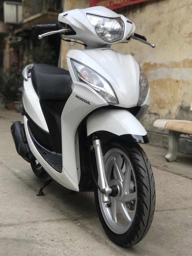 Honda Vision phien ban mau Trang 2013 - 5