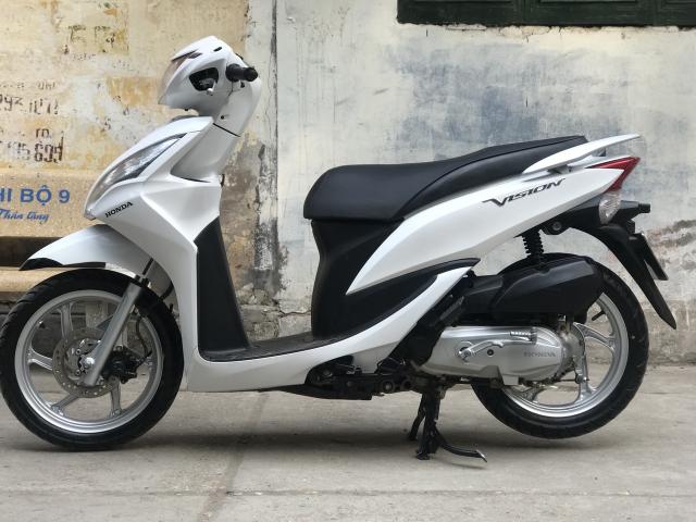 Honda Vision phien ban mau Trang 2013 - 6