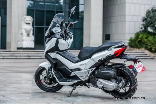 Lifan LF150T ban sao cua Honda XADV vua duoc gioi thieu tai Trung Quoc - 5