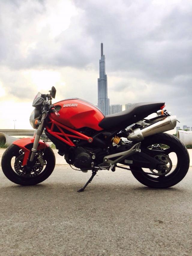 Ban Ducati 696 date 2010 gia cuc tot