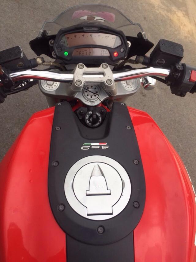 Ban Ducati 696 date 2010 gia cuc tot - 4