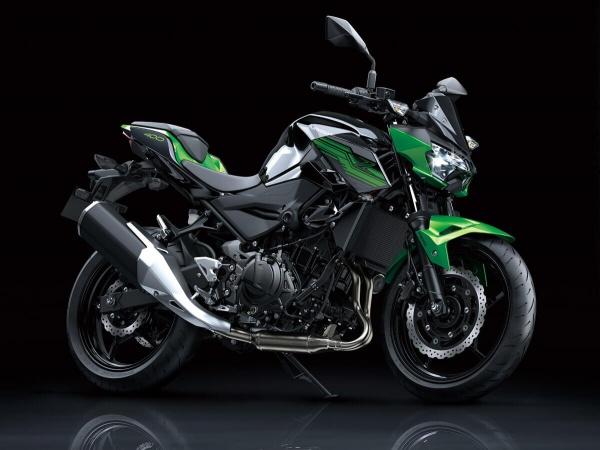 So sanh Honda CB500F VS Kawasaki Z400 2019 - 3