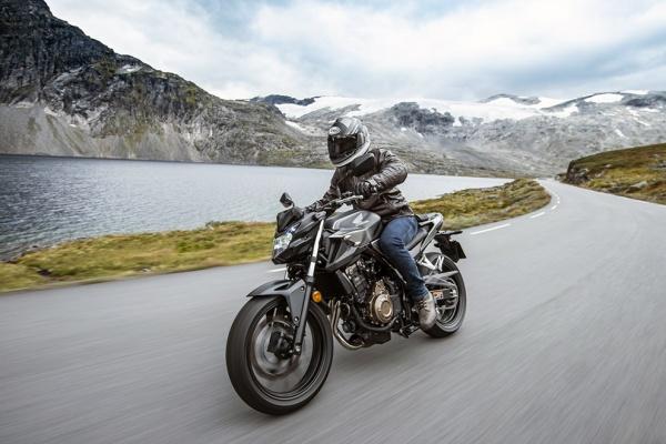 So sanh Honda CB500F VS Kawasaki Z400 2019 - 17
