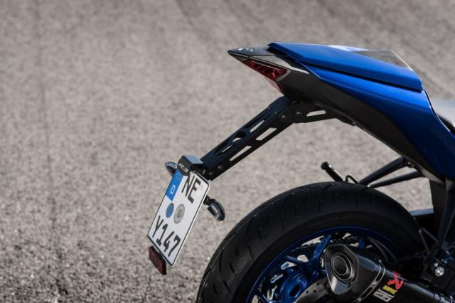 Yamaha R3 2019 trang bi them goi phu kien chinh hang voi gia ban de xuat tu 4999 USD - 11