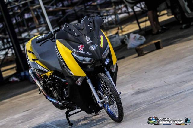 Yamaha XMax300 do chong mat voi he banh cam Dragbike - 3