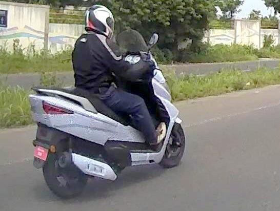 Benelli Zafferano 250 mau xe ga cao cap chinh phuc thi truong An Do - 5